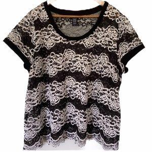 Torrid White/Black Semi Sheer Lace Blouse SZ 3